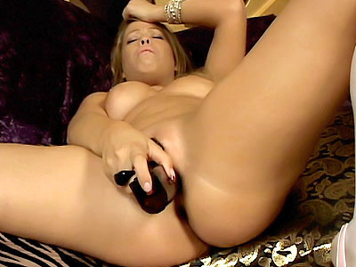 Blonde Fucking Her Pussy With Dildo